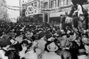 Workers flood the streets during the Oakland General Strike of 1946.