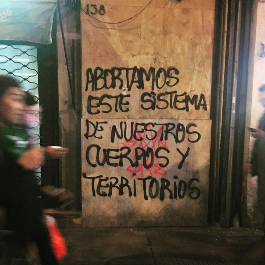 Chile-fascist-attack2
